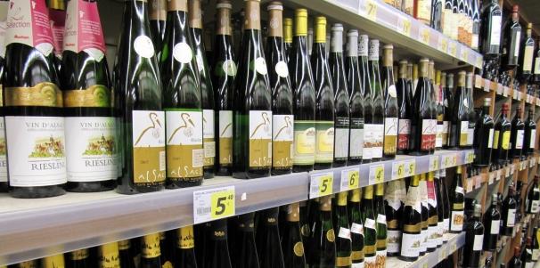 alsatian_wines_in_a_supermarket.jpg